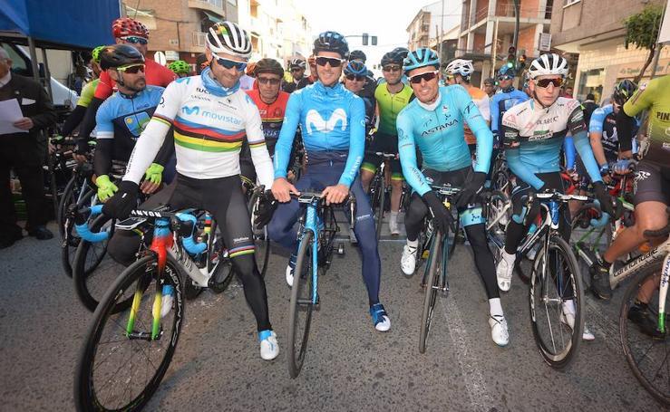 Valverde abre la 48 Carrera del Pavo