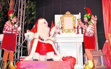 Papá Noel regala ilusión a los más pequeños