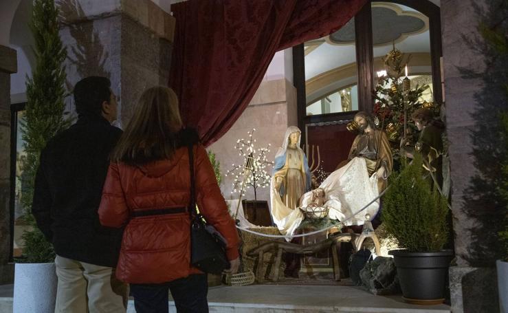 Una Sagrada Familia a las puertas del Carmen