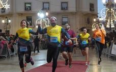 Más de 2.500 corredores participan en la San Silvestre de Cartagena 2018