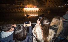 Fuego y luces sobre el río para recibir 2019