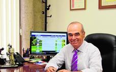 Pérez de los Cobos: «El jugador sénior es mayoría en este deporte»