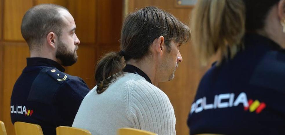 Acepta 9 años de cárcel tras reconocer que tiró al vacío a su exnovia en Molina