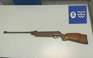 Identifican a un menor que disparó a tres personas con una carabina de aire comprimido en Santo Ángel