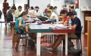 Las bibliotecas de Murcia y la sala de estudio de Ronda Sur amplían su horario