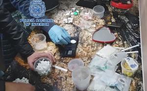 Detenidos dos traficantes en Lorca a los que se les intervino un kilo de cocaína