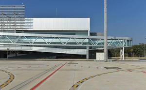 El aeropuerto generará 900 millones de euros y 19.000 empleos en quince años
