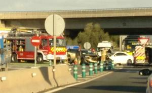 Dos heridos en la colisión de dos vehículos en la A-30