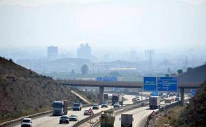 Expertos plantean un peaje para los coches más contaminantes por acceder al centro de Murcia