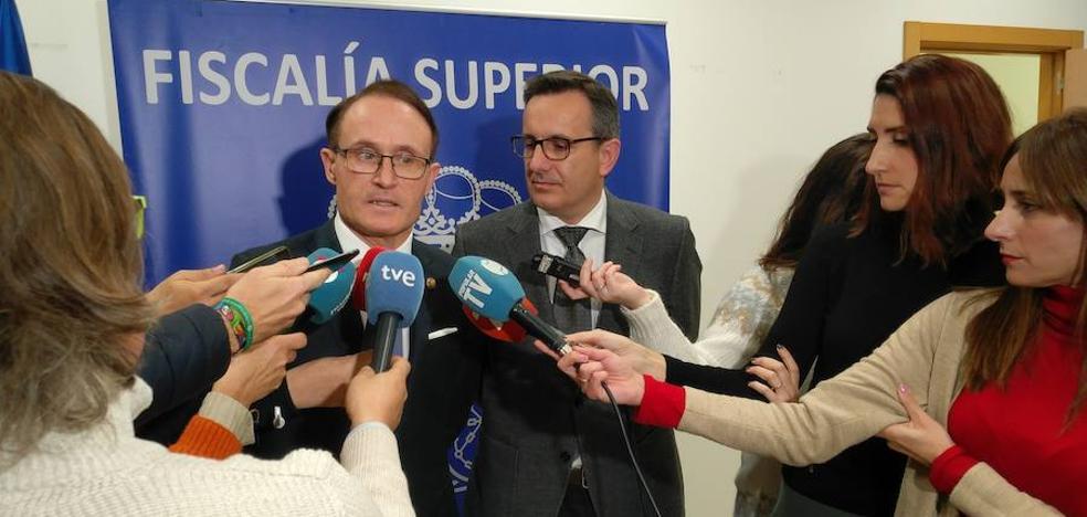 Manzanera denuncia las malas condiciones de trabajo que sufren 13 fiscales en Murcia