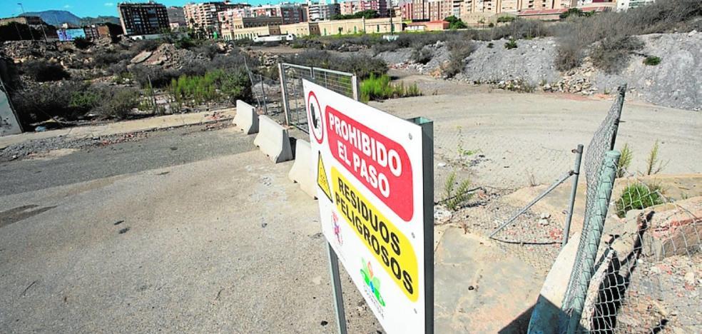 Vecinos y Ecologistas piden a la Fiscalía ampliar la investigación sobre el suelo, el agua y el aire