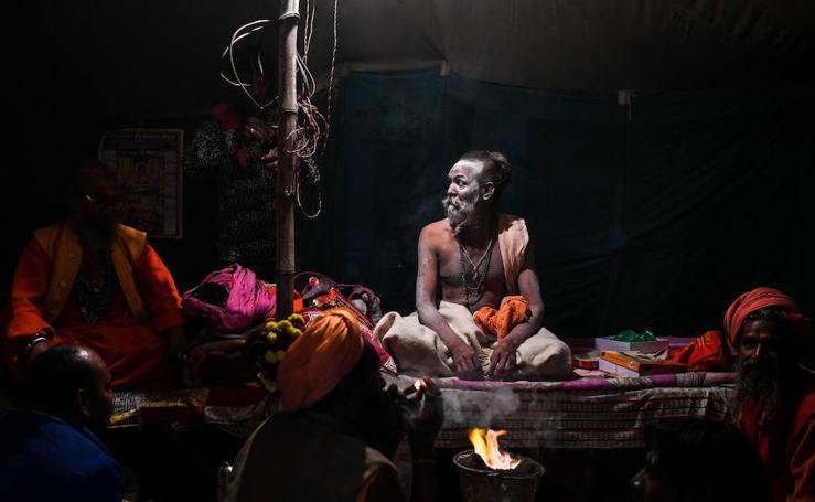 Peregrinos en los ríos de la India