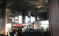 Arde el local social de la pedanía lorquina de La Torrecilla