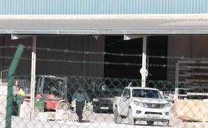Fallece un trabajador en Zarcilla de Ramos al caerle una placa de mármol encima
