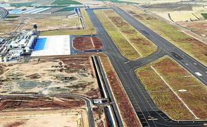 Huermur insta a Cultura a publicar los informes de las balsas romanas enterradas bajo el aeropuerto