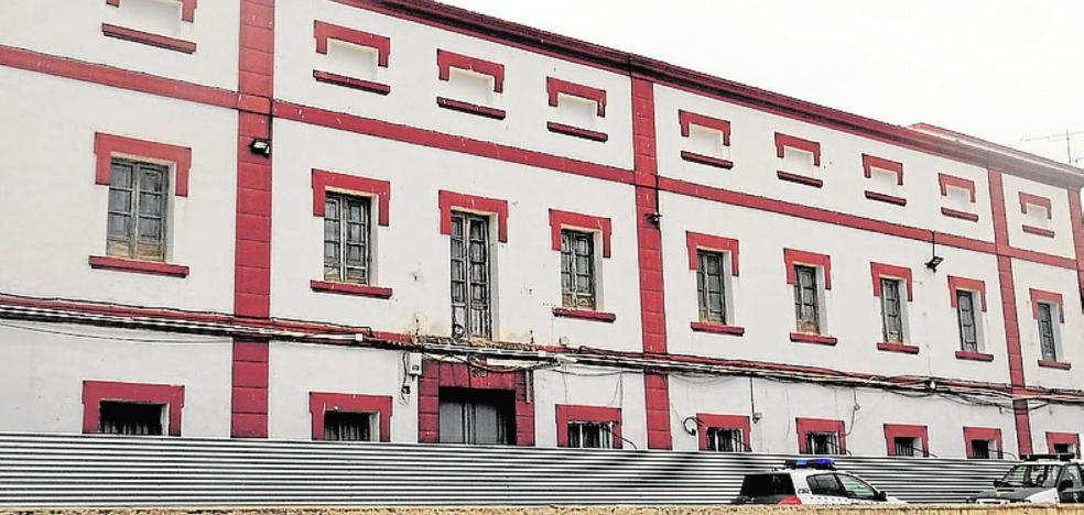 Cultura ve «improcedente» la demolición del antiguo cuartel de carabineros