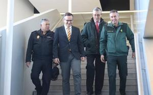 El aeropuerto de Corvera estará protegido por 25 policías nacionales y 47 guardias civiles