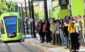 Aumentan un 25% las multas por no sacar el billete o no validar el tique del tranvía