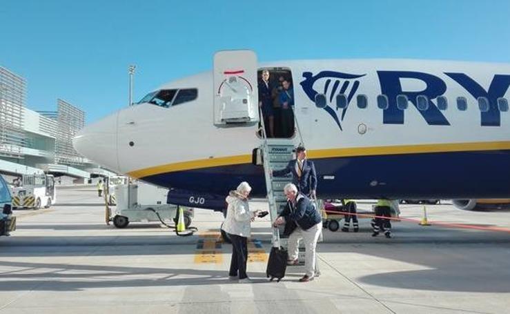 Inauguración del aeropuerto de Corvera