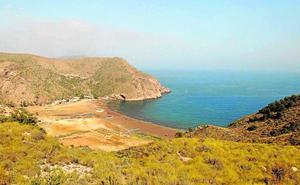 Los empresarios no renuncian al desarrollo del puerto de El Gorguel