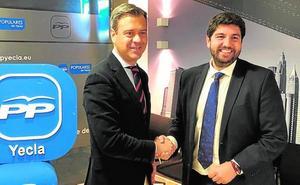 Ortuño repite como candidato a la alcaldía de Yecla «con la misma ilusión»