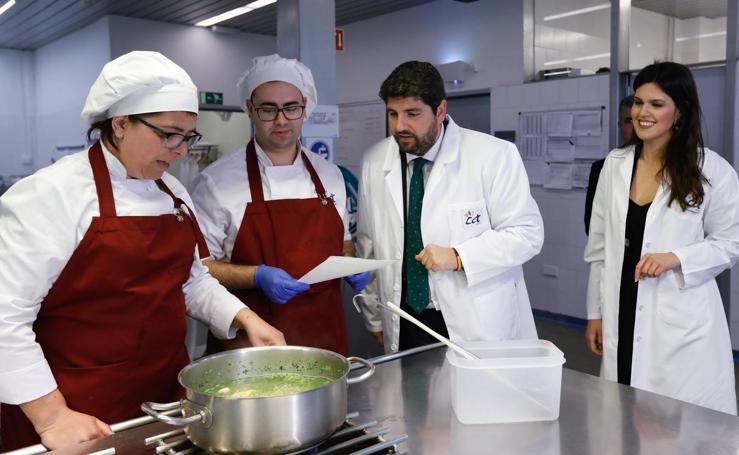 Fernando López Miras visita el Centro de Cualificación Turística