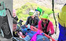 Rescate aéreo de una senderista en Calblanque