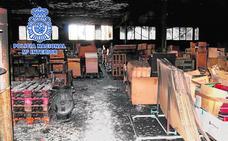 Acusan a seis menores de la oleada de incendios en naves e institutos de Yecla