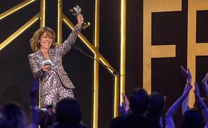 La actriz murciana Eva Llorach gana el premio Feroz a Mejor Actriz por 'Quién te cantará'