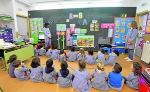 La reforma de la Lomce divide a padres y docentes, que reclaman un pacto educativo