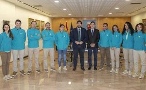 La Ambulancia del Último Deseo llevará a murcianos a conocer a Alejandro Sanz y ver jugar al Real Madrid