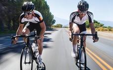 Un grupo de ciclistas pedalearán desde la Región hasta Roma para presentar al Papa una fundación