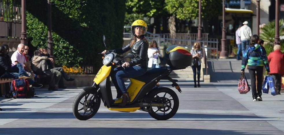 El servicio de motos eléctricas de 'Muving' abandona Murcia