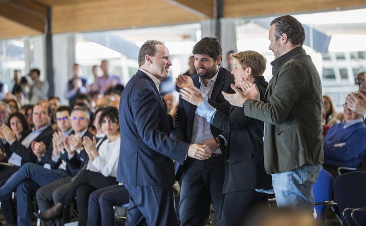 Convención del PP 'Hacia una gran Región desde el Turismo'
