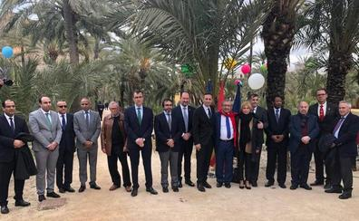 La Comunidad respalda en Orihuela la ruta de los palmerales del Sureste y Norte de África