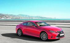 Lexus renueva su coupé premium RC 300h