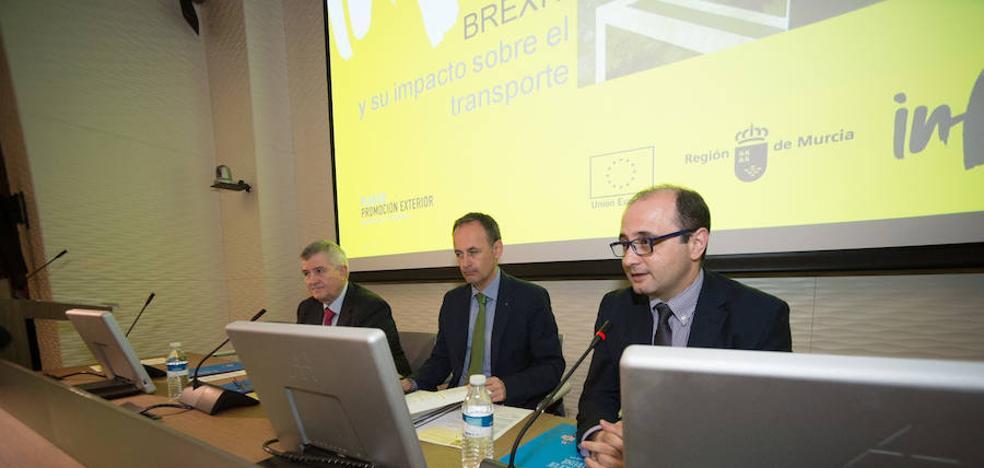El sector del transporte teme «retroceder veinte años» con la llegada del 'Brexit'