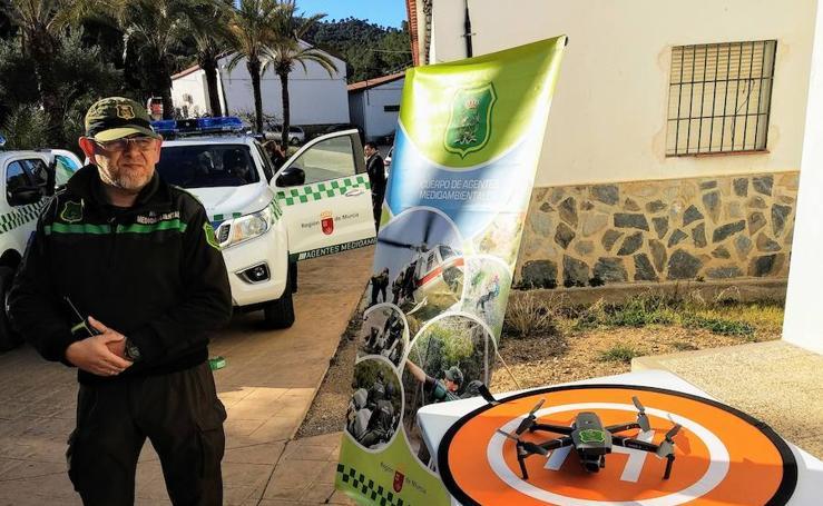 Un dron y 7 nuevos vehículos para los agentes ambientales de la Región