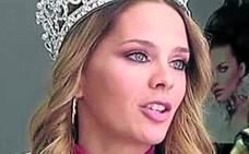 Miss Málaga dona su pelo