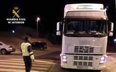 Pillan a un camionero en Alhama que quintuplicaba la tasa de alcohol con un menor a bordo