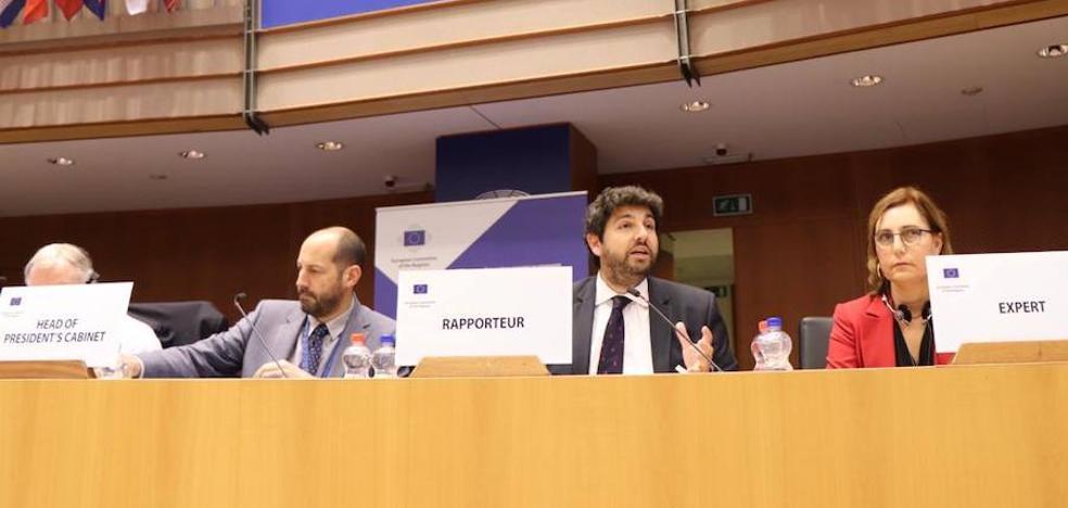 La propuesta murciana de digitalizar la salud gana el 'sí' de las regiones de la UE