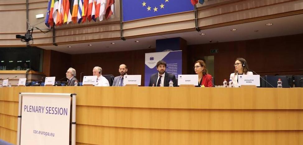 López Miras lleva a Bruselas el trasvase Tajo-Segura: «Es esencial para frenar el cambio climático»