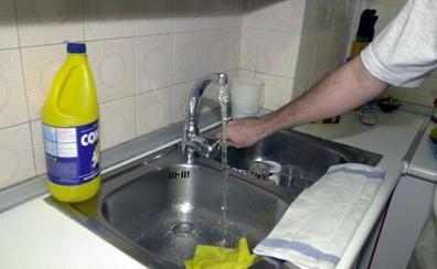 Muere una mujer al mezclar lejía y salfumán mientras limpiaba en su vivienda