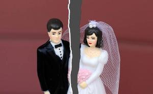 Pide el divorcio tres minutos después de casarse por el lamentable comentario que le hizo su marido