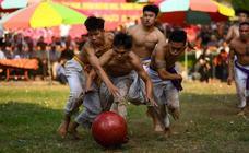 Rugby con una pelota de madera