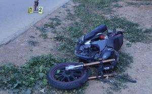 Muere un motorista de 28 años al chocar contra un tractor en Cartagena