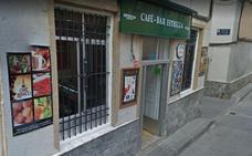 Una mujer resulta intoxicada en el incendio de la cocina de un bar en Espinardo