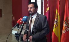 Cs acusa al PP de engañar a los murcianos con un «falso servicio público» de alquiler de motos eléctricas