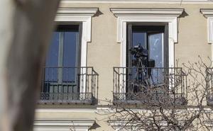 Balcones con vistas al Supremo por 400 euros al día