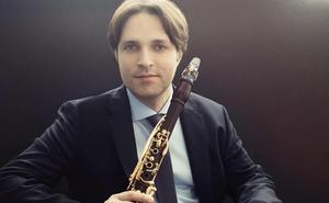 El clarinetista José Franch-Ballester actuará junto a la Sinfónica regional en Cartagena y Murcia